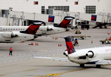 Detroit Delta Airline catering employees vote to strike