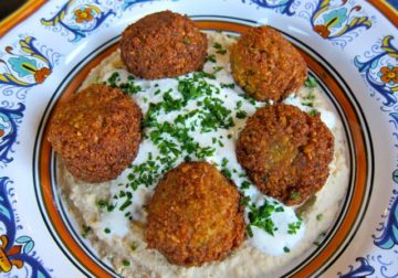 What Is Falafel? Recipes and Facts About the Delicious Garbonzo