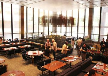 New York's Legendary Four Seasons Restaurant Serves Its Last Meal Today